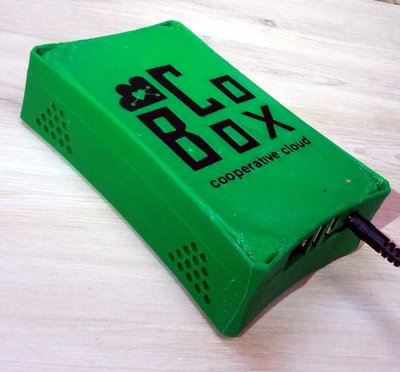 The CoBox hardware device